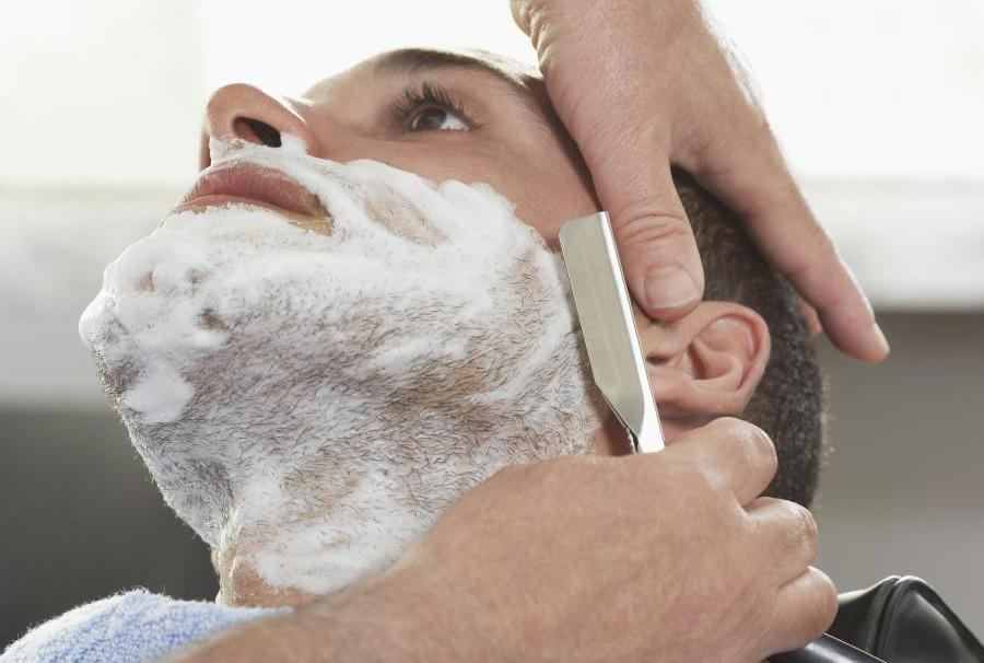15 Pros and cons of shaving with or against the grain 2
