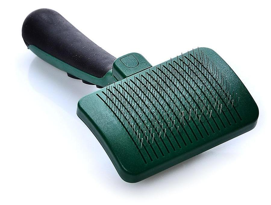 Things to When Consider Choosing A Cat Grooming Brush 3